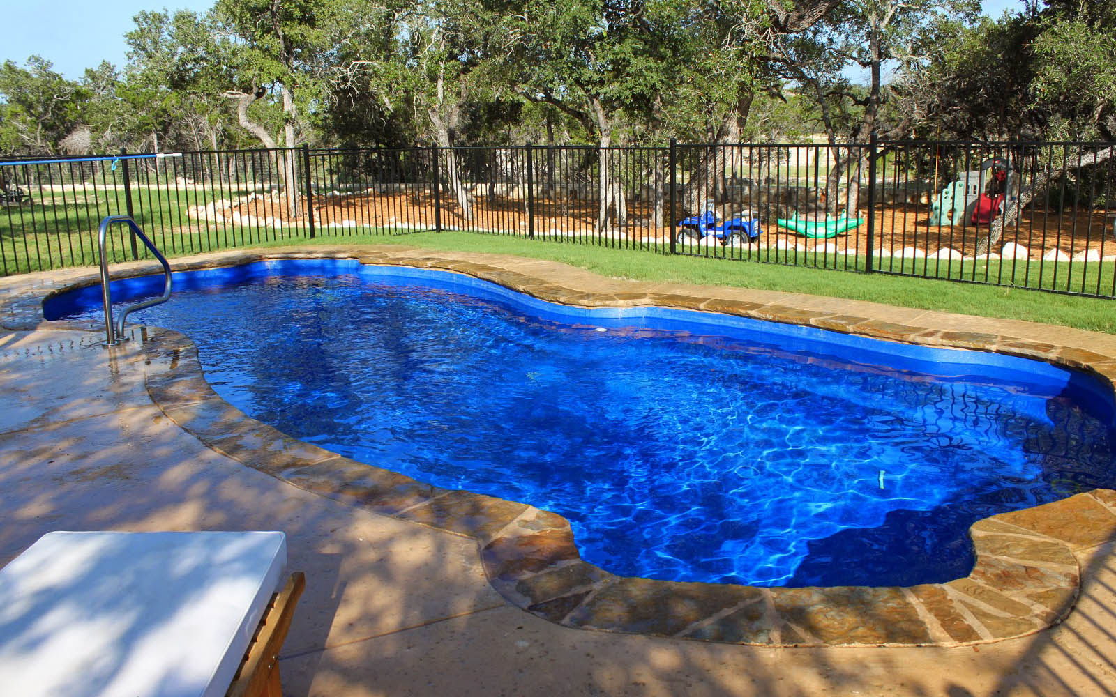 Lonestar fiberglass pools lonestar fiberglass pools for Swimming pool financing