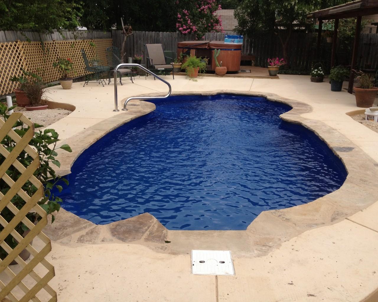 Gallery Lonestar Fiberglass Pools